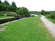 View ahead from Kirkstall lock (No.7)